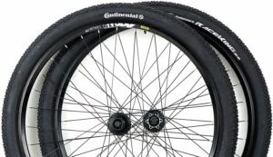 Mavic Rim 29er Mountain Bike Wheels with Disc Brake Shimano Hubs PLUS Free Continental